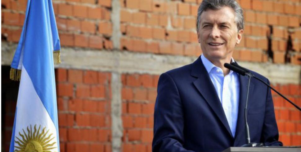 Macri anunci un plan de viviendas en almirante brown el for Plan de viviendas macri