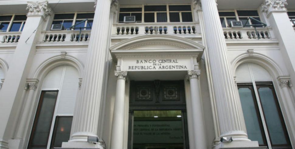 El Gobierno pagó deuda externa con reservas del Banco Central