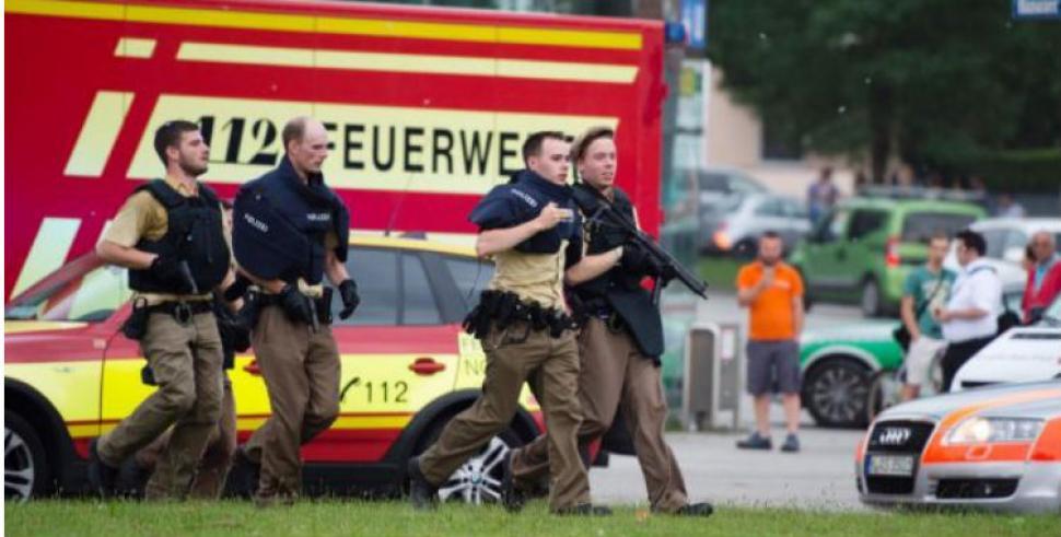 Atacante de Munich se quita la vida de un disparo