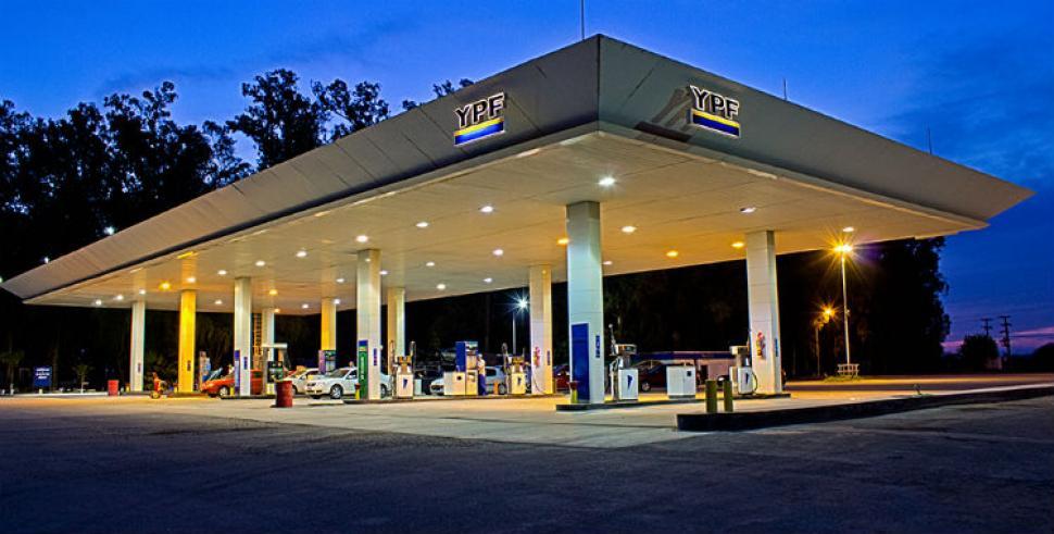 Crisis en las estaciones de servicios| El consumo de la nafta continúa en caída