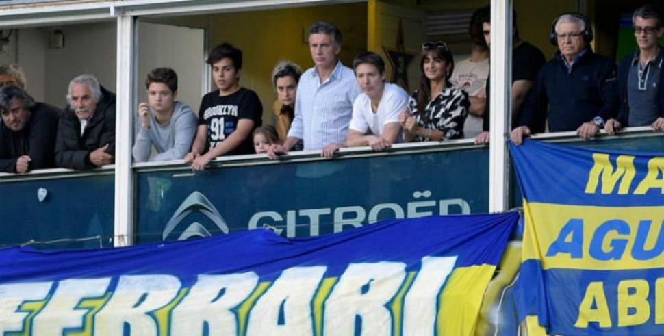 Denuncian al Gobierno por el spot de Macri en los clásicos