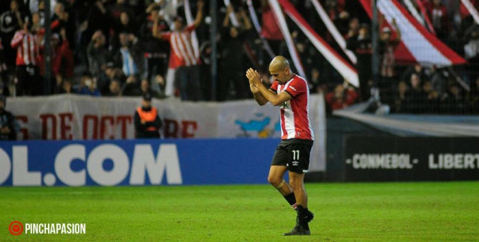 Atlético Nacional y Estudiantes se despidieron con victorias