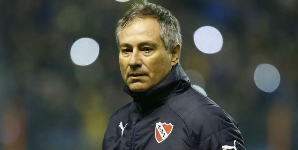 Ariel Holand actual estratega de Independiente de Avellaneda podría ocupar el banquillo de Xolos