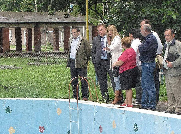 Amaya supervisa obras en el jard n de infantes querubines for Jardin querubines