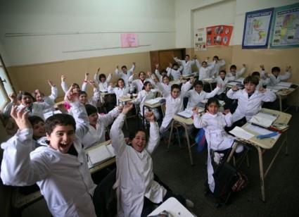 Resultado de imagen para chicos escuela
