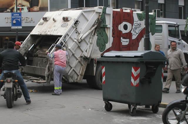 Resultado de imagen para recoleccion residuos tucuman