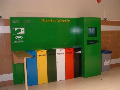 Lanzan un programa de reciclado en la administraci n for Programa para disenar oficinas