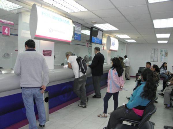 Bancos De Chipre Abren Sus Puertas Con Duras Limitaciones
