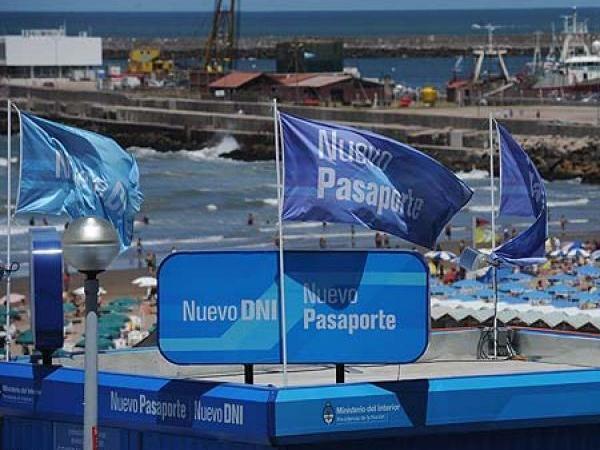 En la costa se realizaron m s de 43 mil tr mites entre for Pasaporte ministerio interior