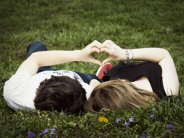 Segun Una Encuesta Mas Del 60 De Las Personas Pasara San Valentin